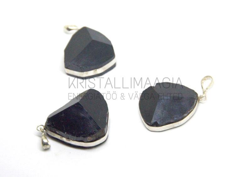 5ee15eb21df Hõberipats musta turmaliiniga – KristalliMaagia